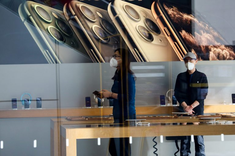 Apple shares slide on coronavirus revenue guidance warning