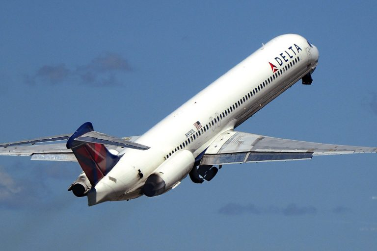 Delta retires MD-88 and MD-90 jets early because of the coronavirus