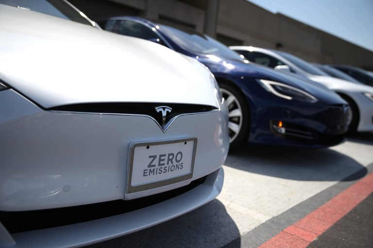 Consumer reports pans Tesla Models S and Y