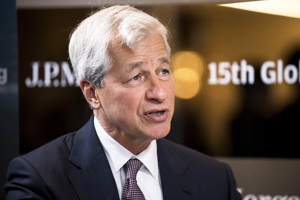 Jamie Dimon says he wouldn't touch Treasuries with a 10-foot pole at these rates