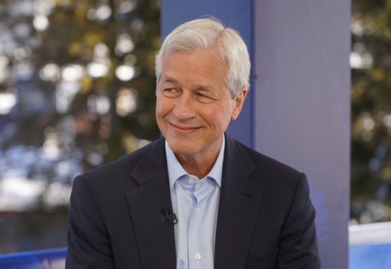 Jamie Dimon says JPMorgan Chase should absolutely be 'scared s—less' about fintech threat