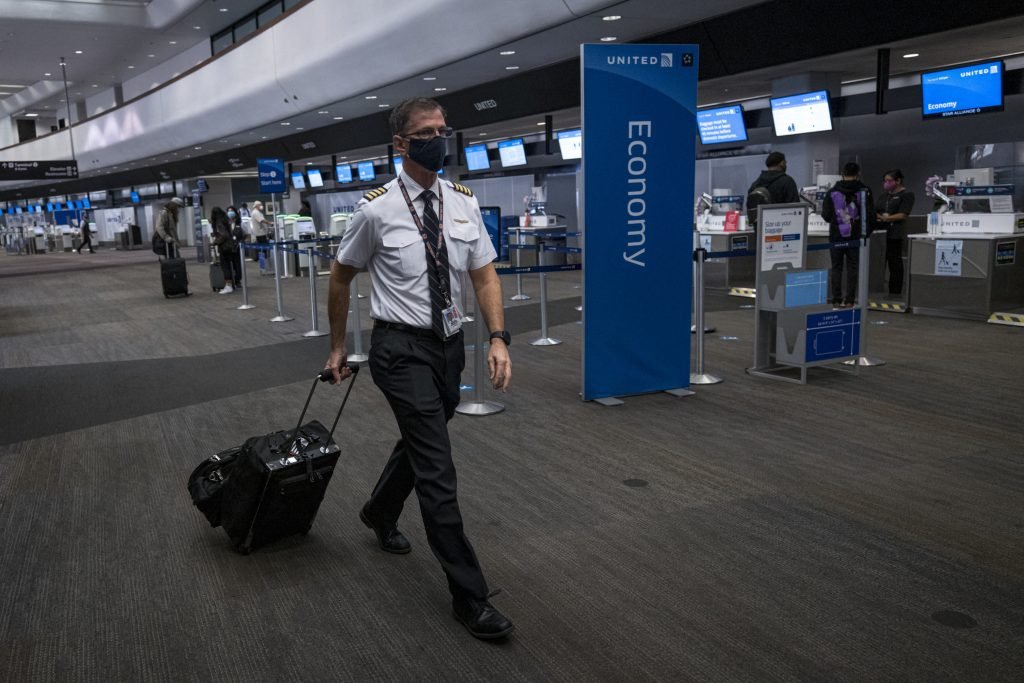 As flight demand recovers, airlines revive pilot hiring